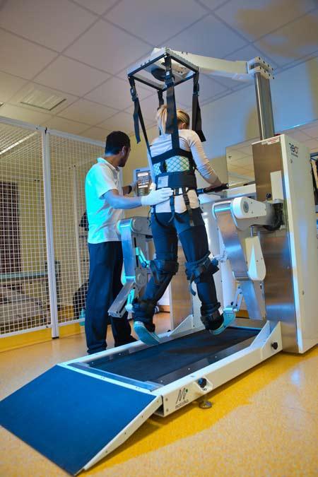 какие нужны нужны тренажёры для ходьбы после инсульта